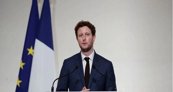 فرانسه: گزینه هایی علیه استرالیا داریم