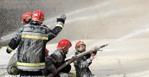 آتش نشانان مدافع آسایش، امنیت و ایمنی شهروندان هستند