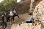 میان صخرهها میخواهد زندگی کودکان زاگرس را نشان داد