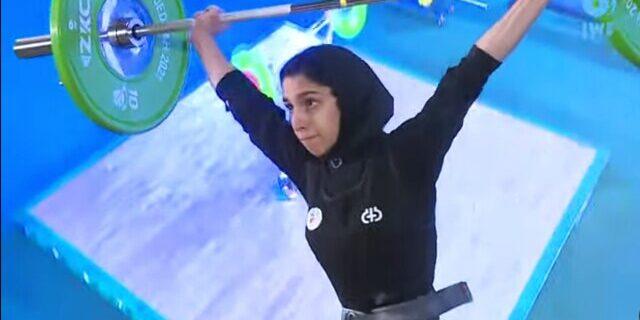 دختر وزنهبردار ایران در قهرمانی نوجوانان جهان اوت شد