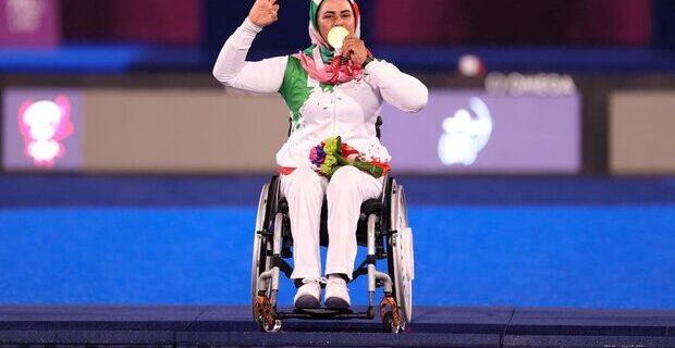 وضعیت نامشخص مربی زهرا نعمتی برای حضور در مسابقات قهرمانی جهان